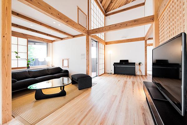 四角い空間が連続する家