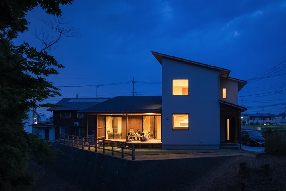 光と風と緑と暮らす家